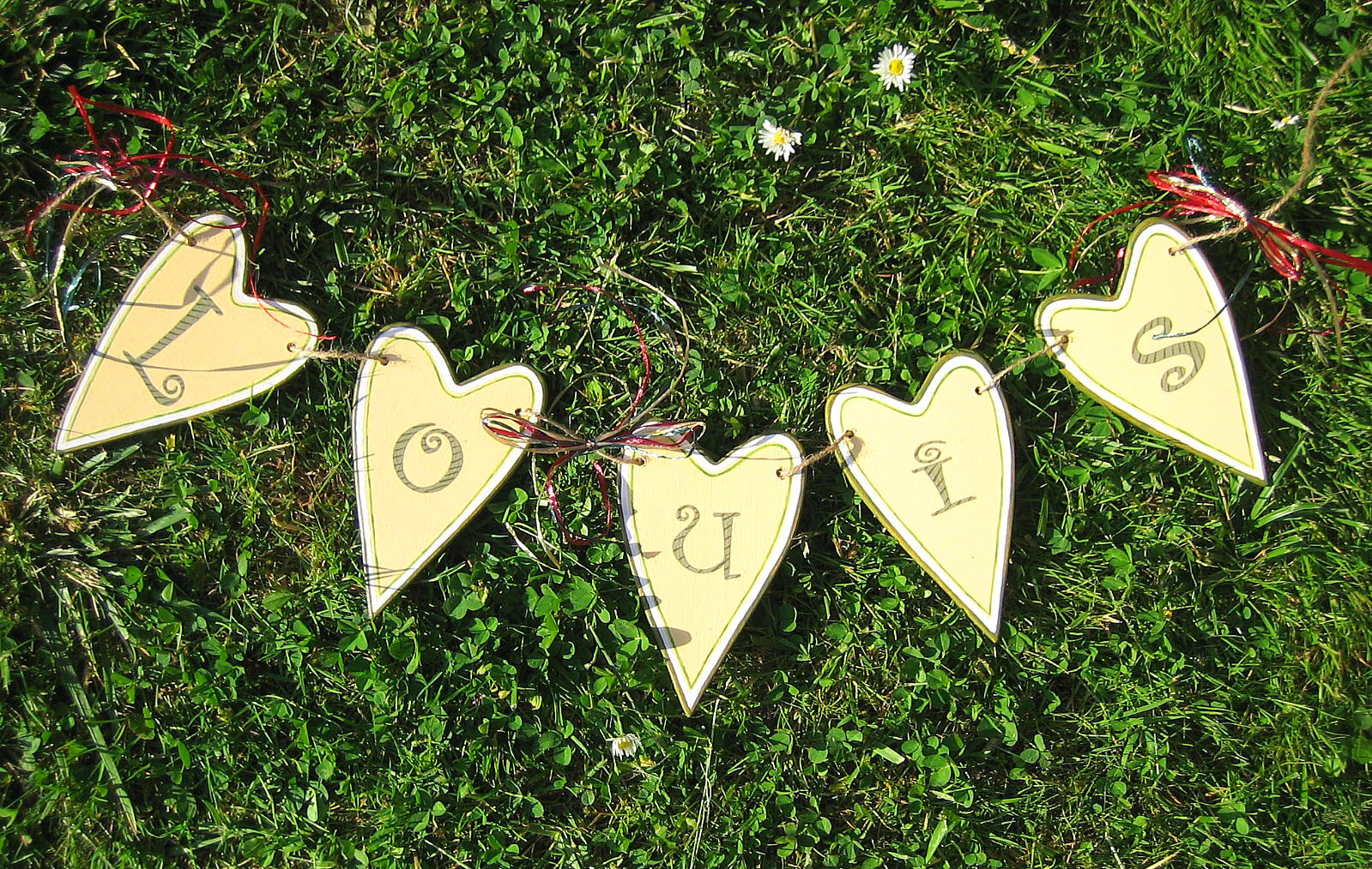 Liebevoll hergestellte wohnaccessoires im landhausstil for Wohnaccessoires landhausstil